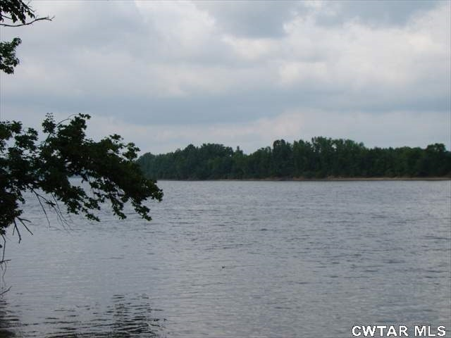 00 Brodies Landing Property Photo - Parsons, TN real estate listing