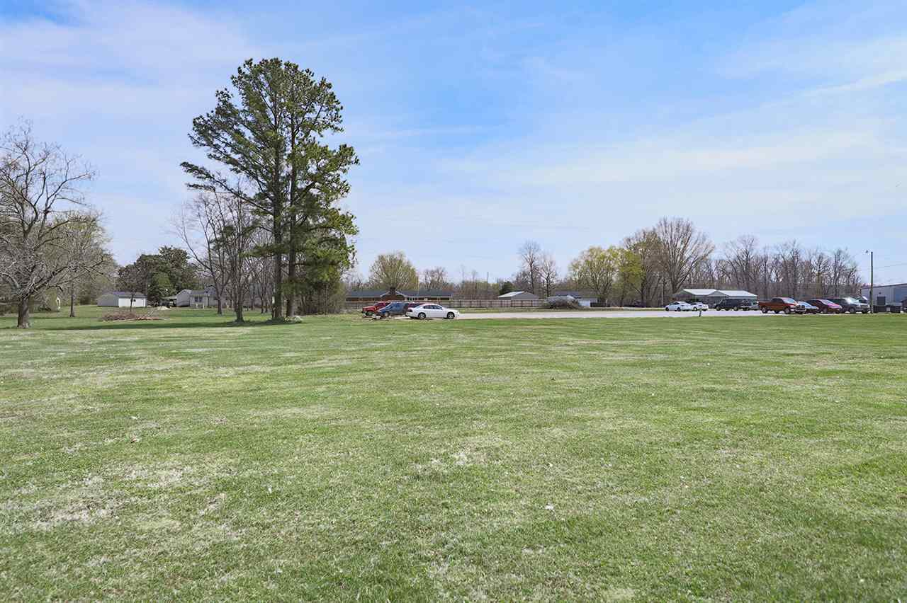 198 Hunt Property Photo - Dresden, TN real estate listing