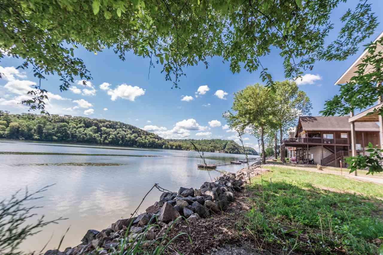 600 Miracle Property Photo - Decaturville, TN real estate listing