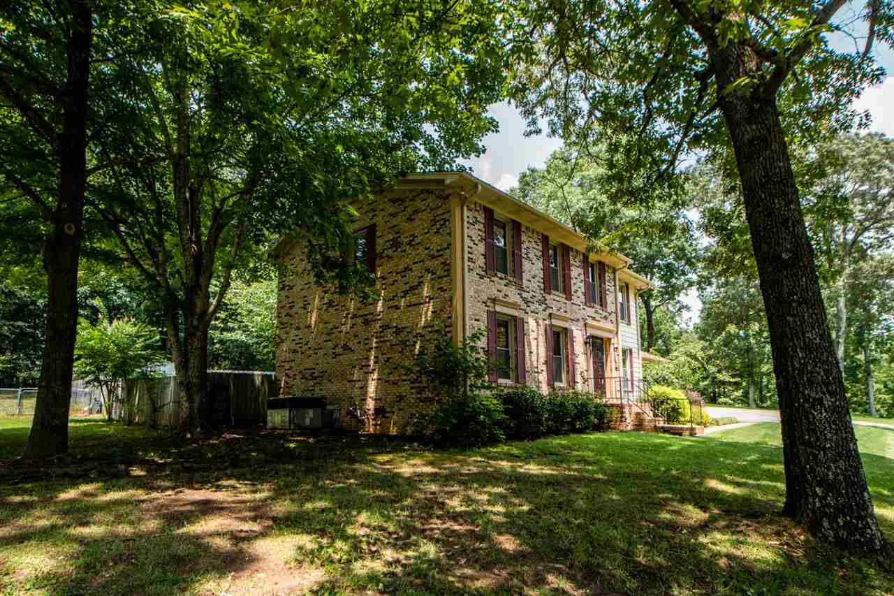 239 Eastern Shores Property Photo