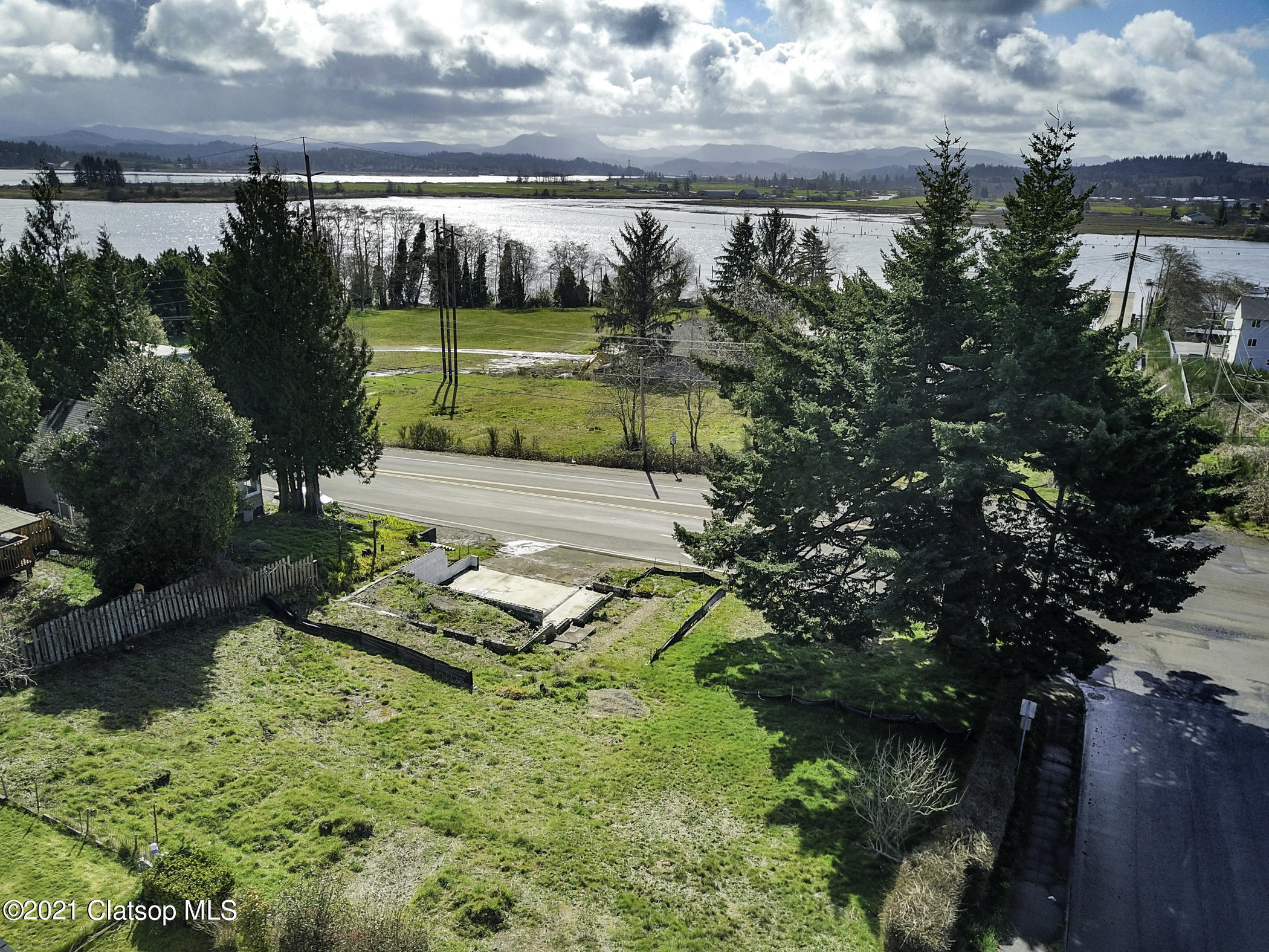 750 Olney Ave Property Photo - Astoria, OR real estate listing