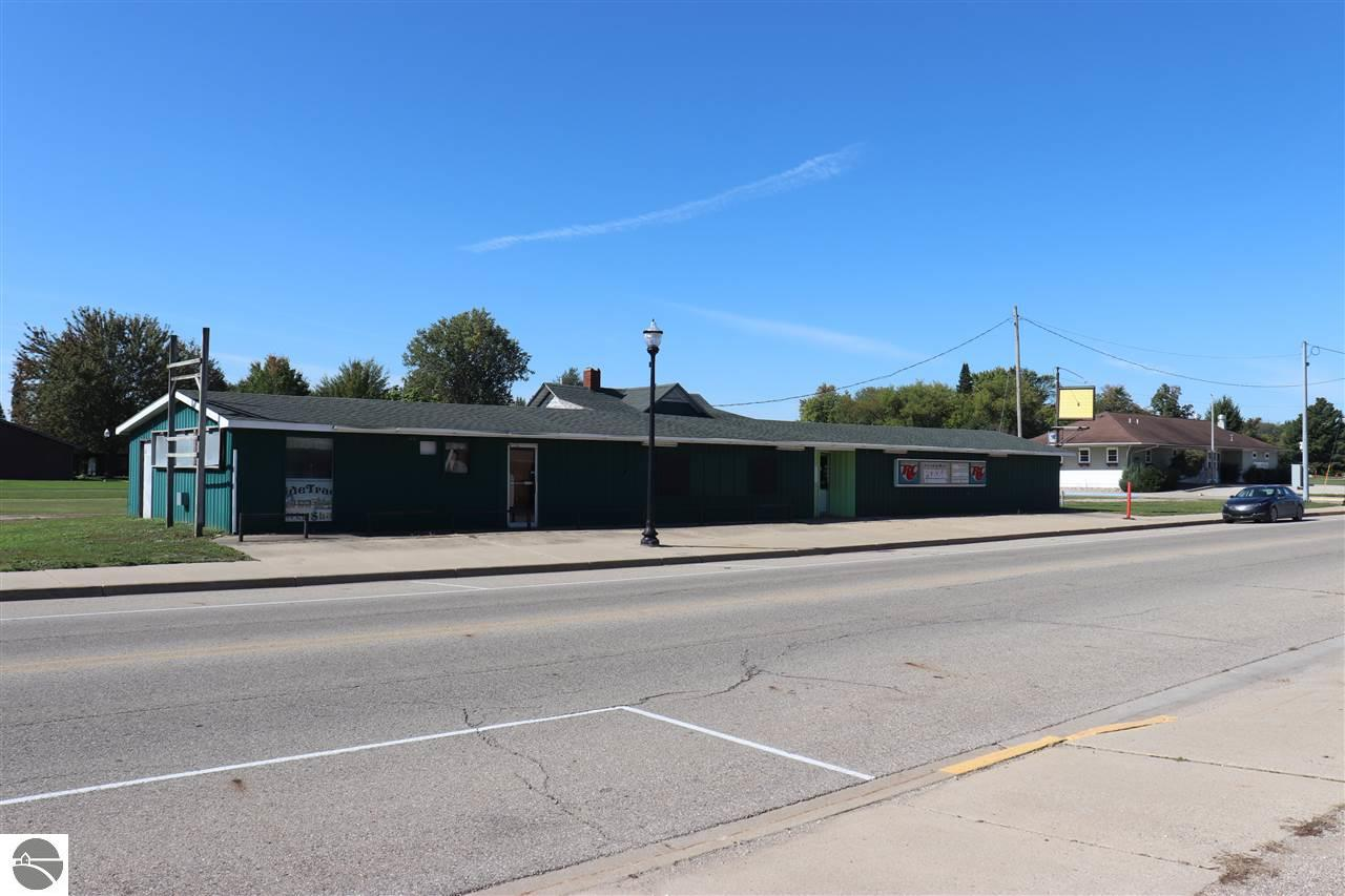 408 E Railway Street Property Photo - Coleman, MI real estate listing