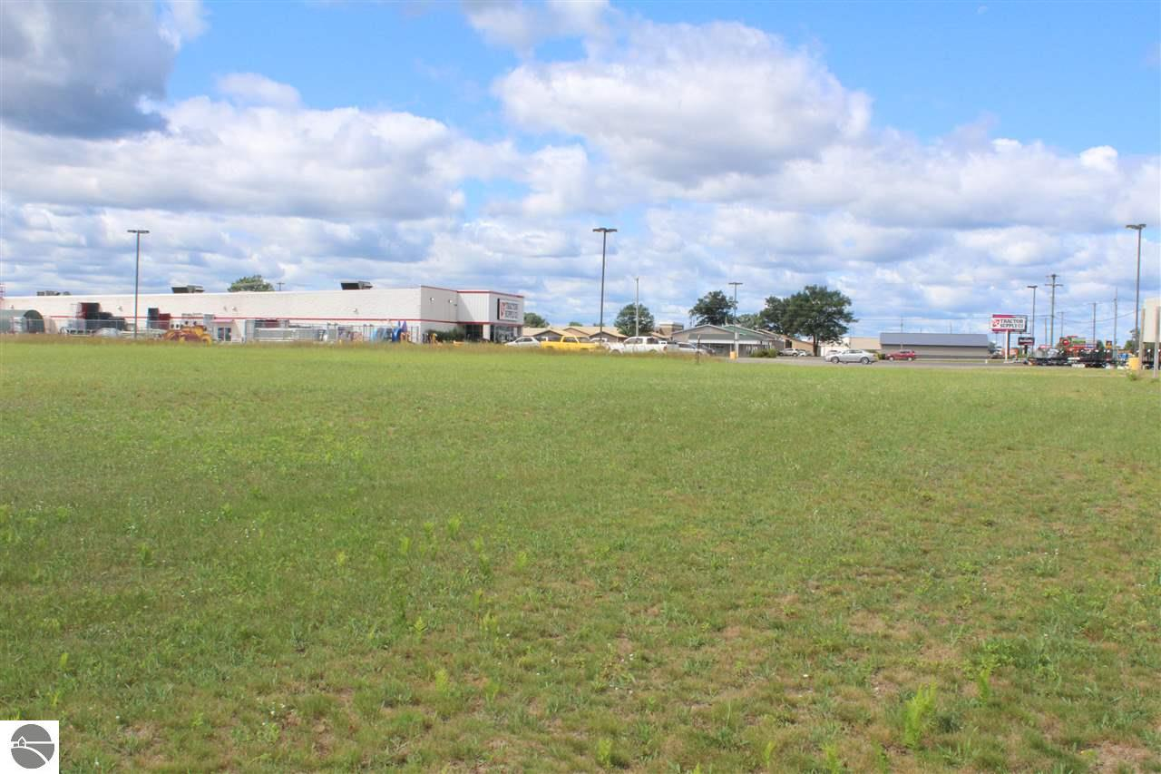 Vacant 3.8 34 Road Property Photo - Cadillac, MI real estate listing