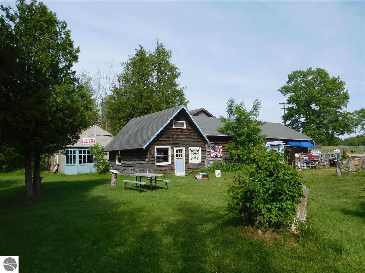 9418 W Honor Highway Property Photo - Honor, MI real estate listing