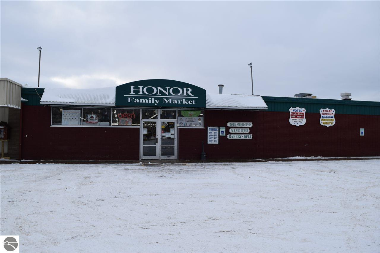 10625 Main Street Property Photo - Honor, MI real estate listing
