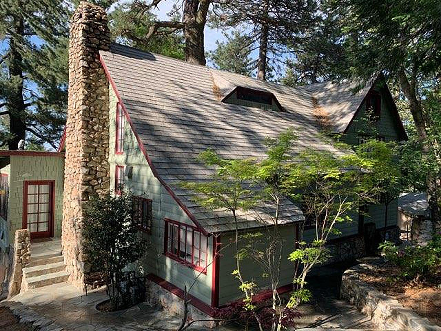 949 Playground Drive Property Photo - Crestline, CA real estate listing