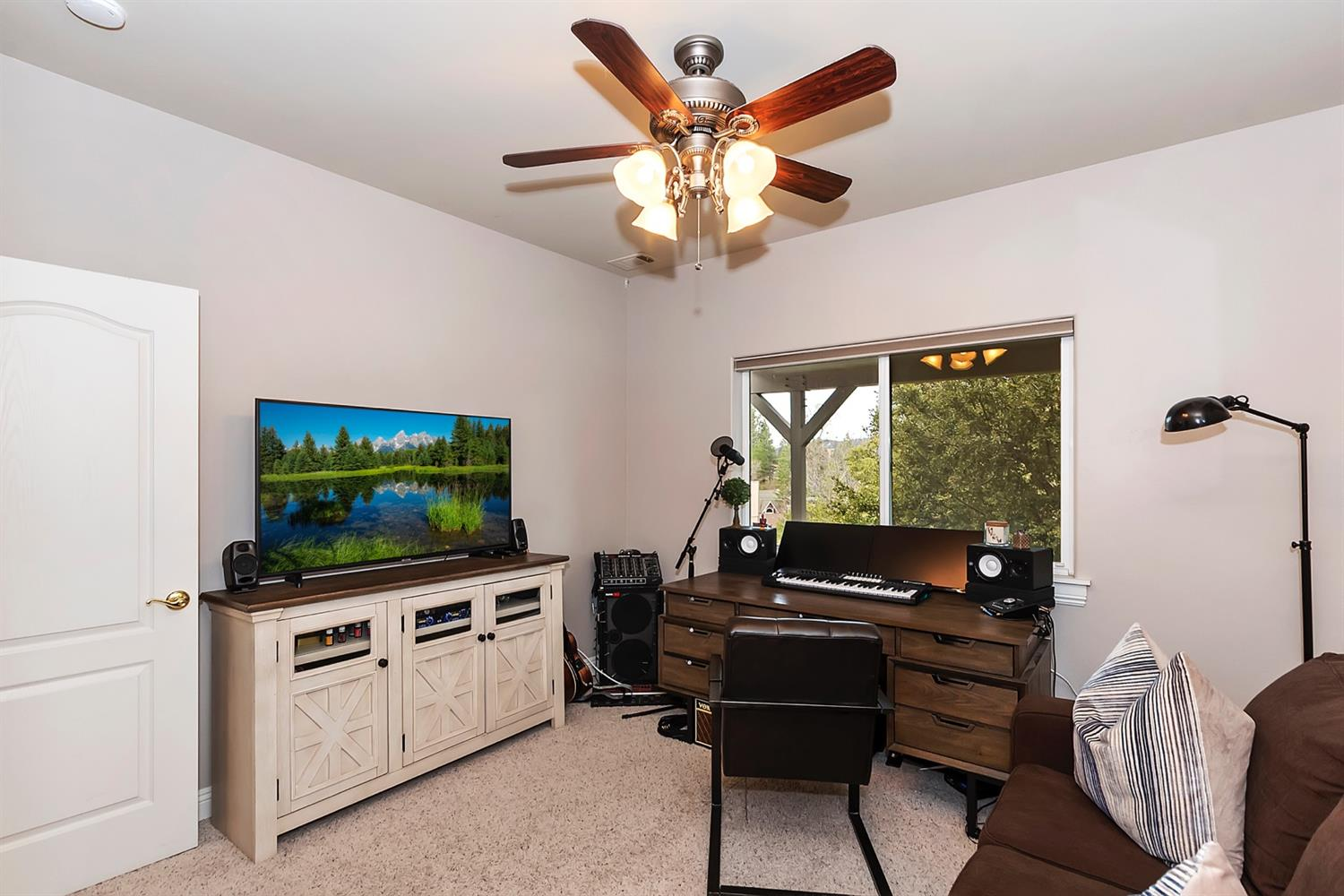 1132 Grass Valley Road Property Photo 23