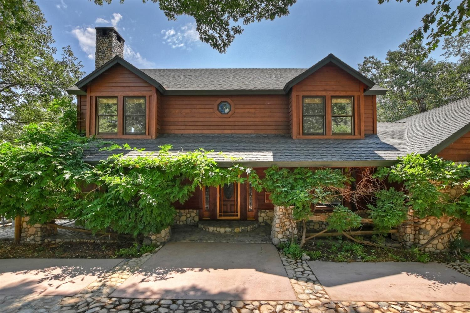 1601 Grass Valley Road Property Photo 4
