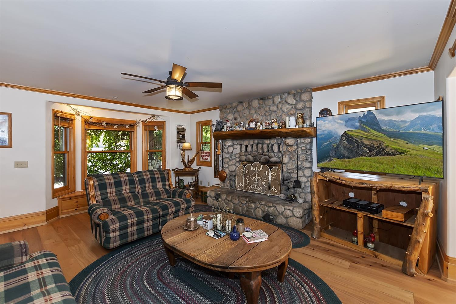 1601 Grass Valley Road Property Photo 6