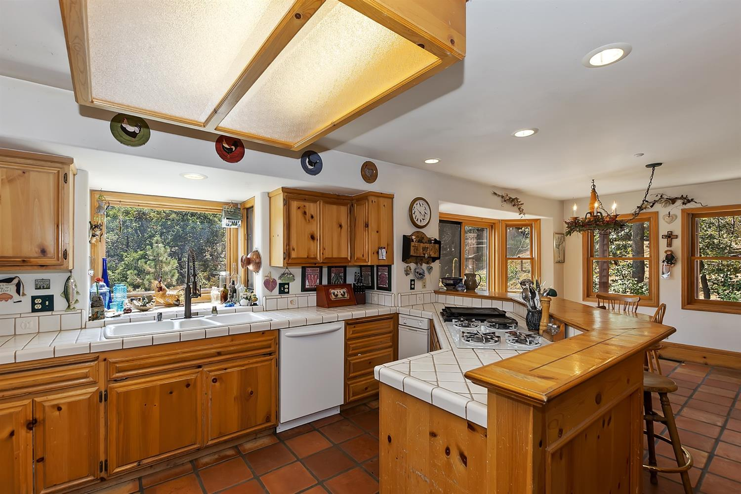1601 Grass Valley Road Property Photo 11
