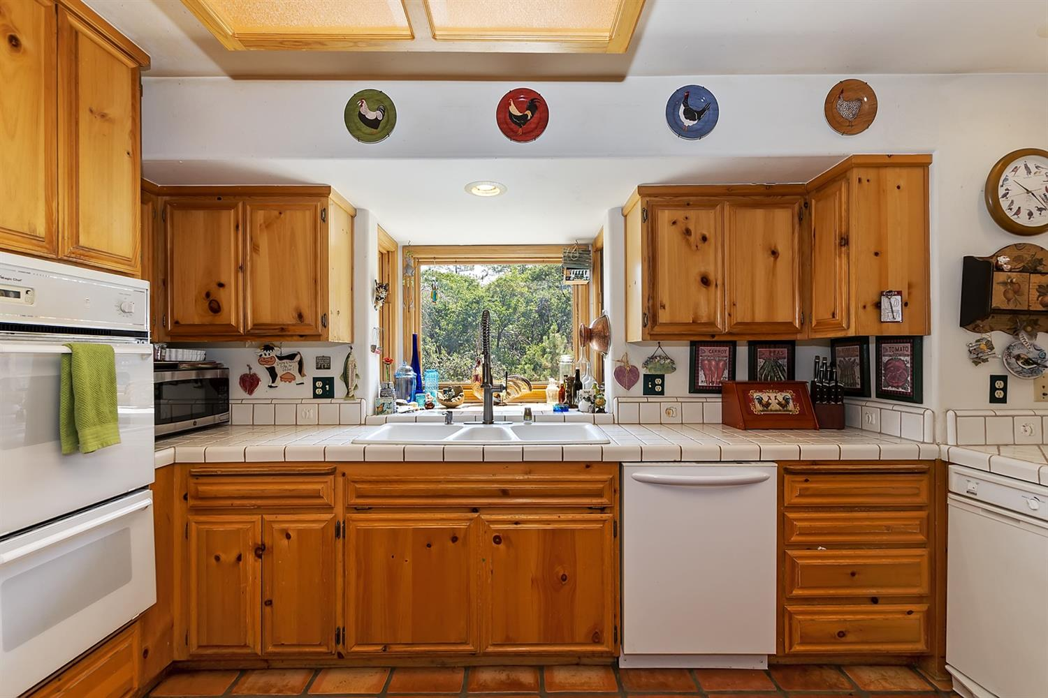 1601 Grass Valley Road Property Photo 12