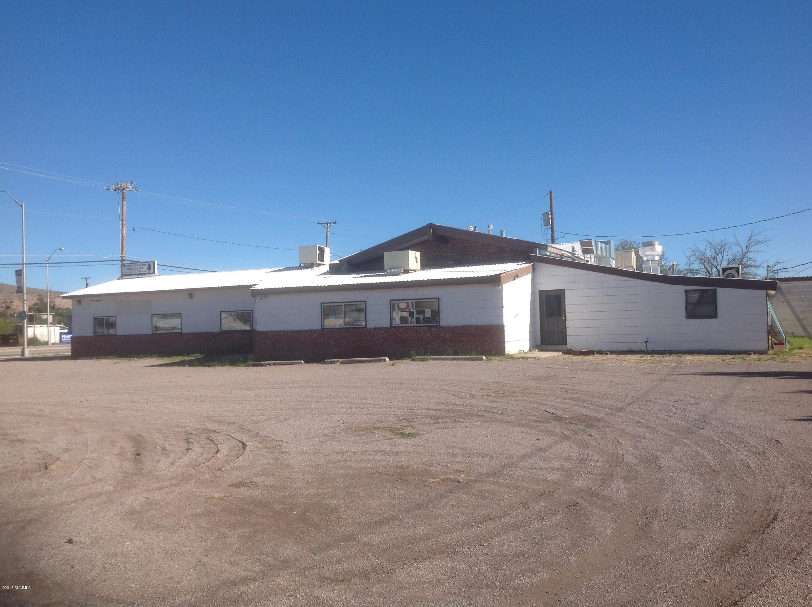 618 S Broadway Street Property Photo - Truth or Consequences, NM real estate listing
