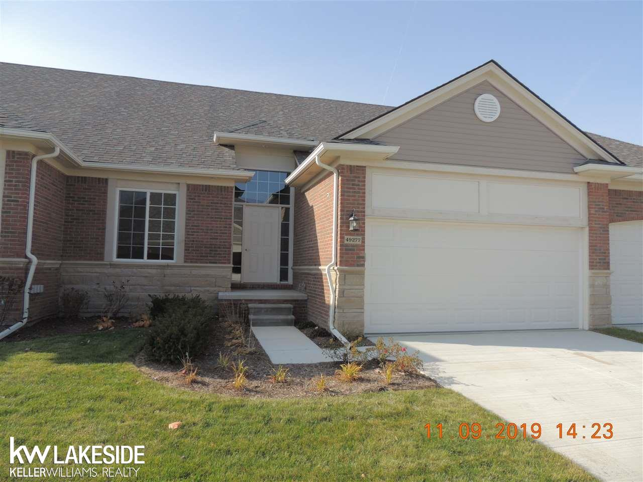 49277 Pond Place #Unit 162 / Building 37 Property Photo - Shelby Twp, MI real estate listing