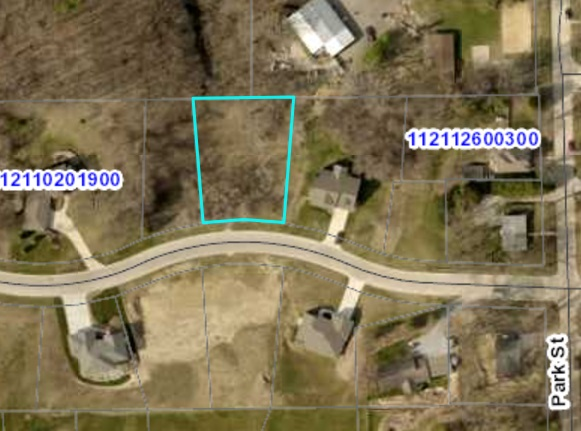 Lot 7 BLK 1 Bruening Second Addition Property Photo - Decorah, IA real estate listing