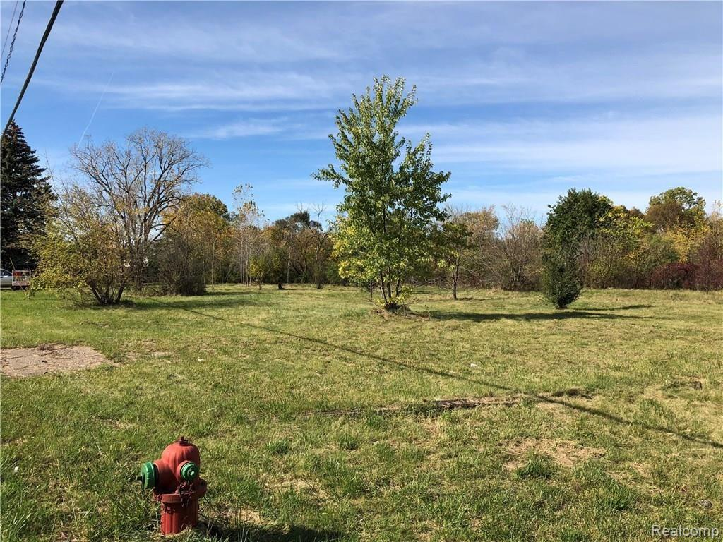2277 E Hill Road Property Photo - Grand Blanc Twp, MI real estate listing