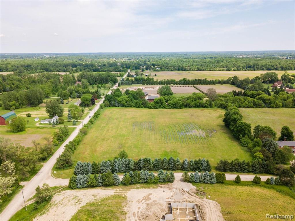 66710 FREIGANG Road Property Photo - Ray Twp, MI real estate listing
