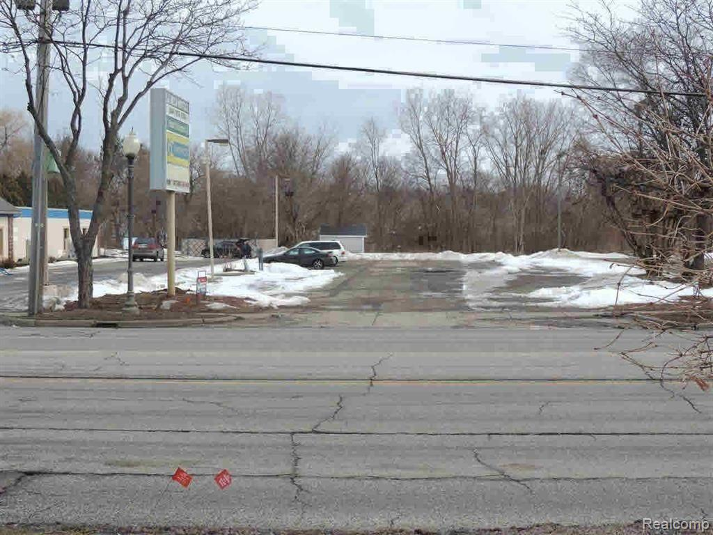 11319 S SAGINAW Street Property Photo - Grand Blanc, MI real estate listing