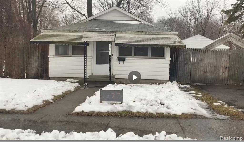 1777 E MADGE Avenue Property Photo - Hazel Park, MI real estate listing