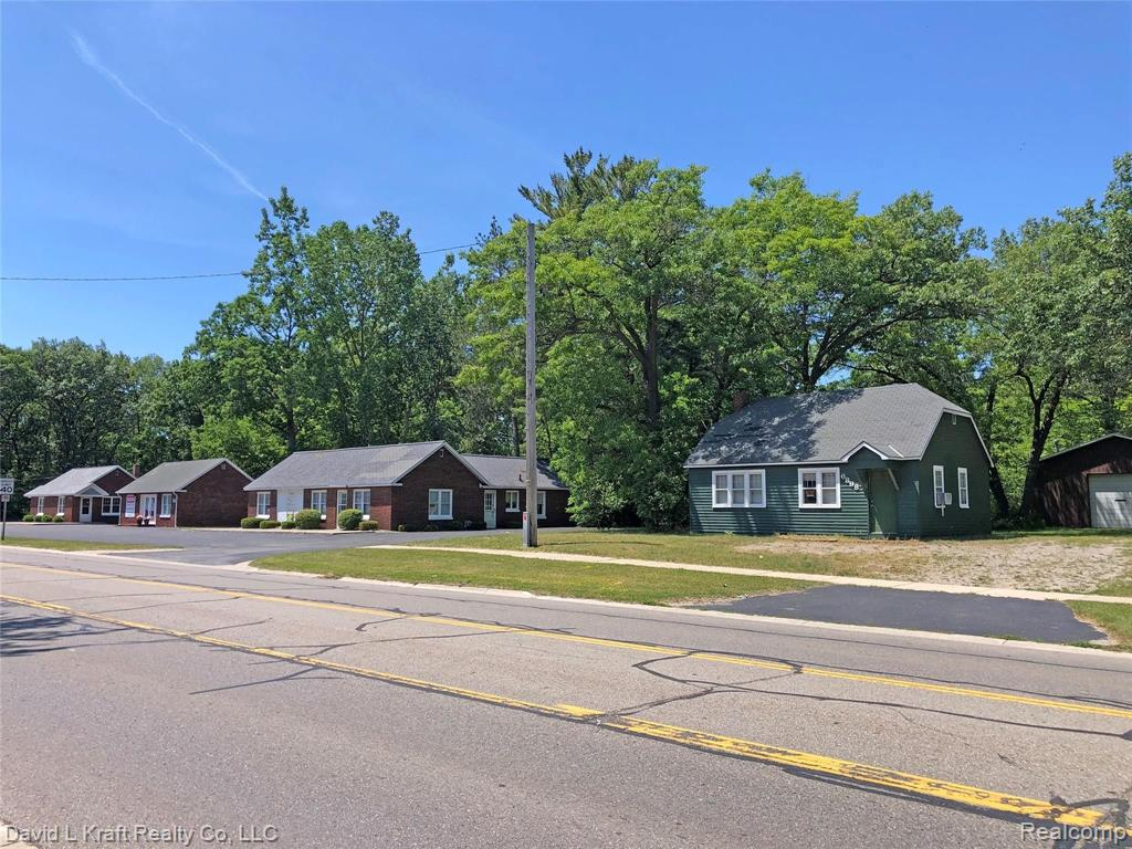 6900 Main Street Property Photo - Caseville, MI real estate listing