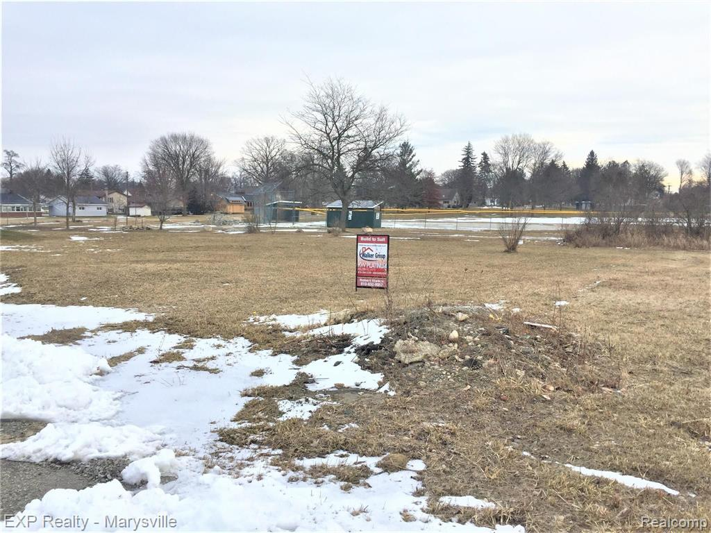 Lot 5 PARKSIDE Drive Property Photo - Brown City, MI real estate listing