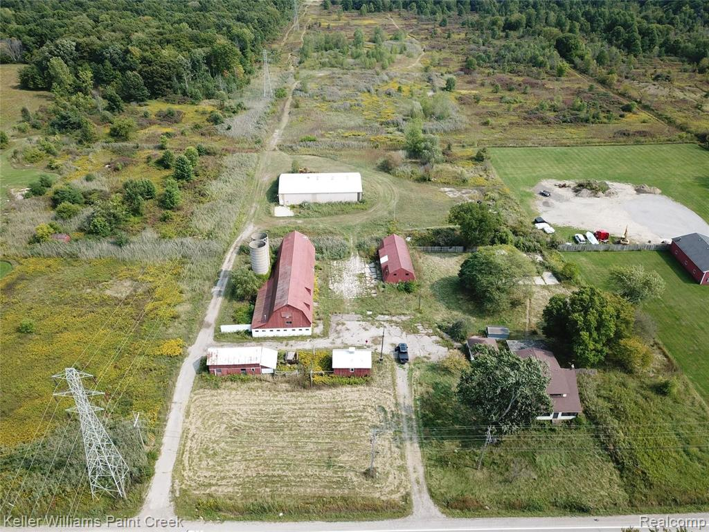 5783 County Line Road Property Photo