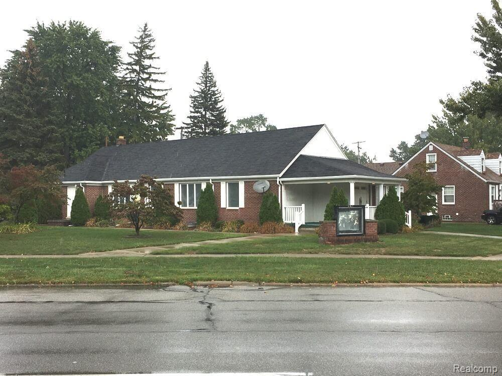 20331 W. Outer Dr. Property Photo - Dearborn, MI real estate listing