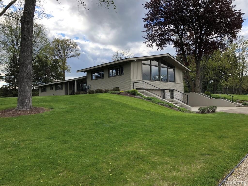 5901 DRYDEN Road Property Photo - Dryden Twp, MI real estate listing