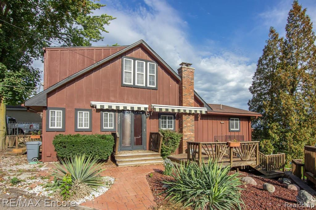 222 Heights Road Property Photo