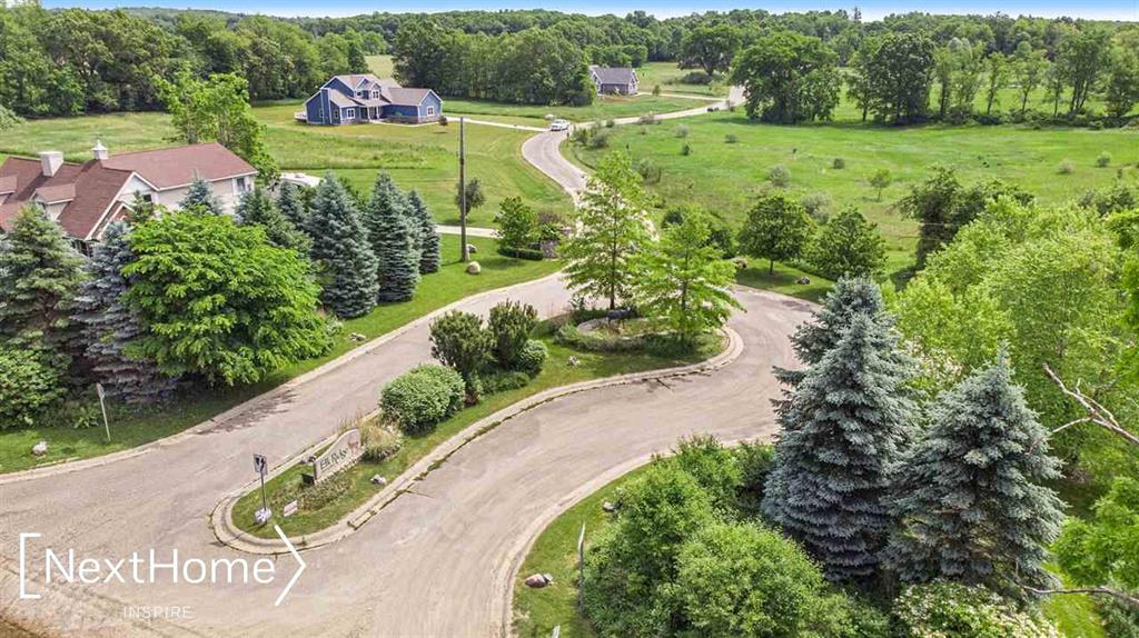 12845 ELK RUN PARKWAY Property Photo - GROVELAND, MI real estate listing