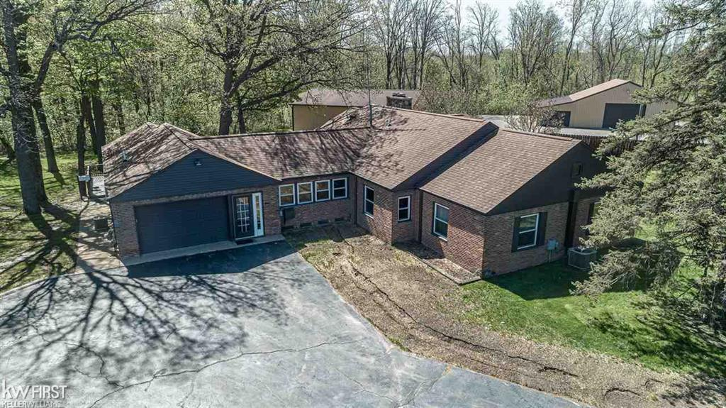 3264 CARD Property Photo - BURTON, MI real estate listing