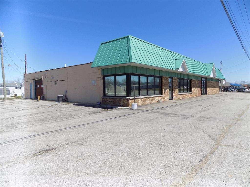 6633 Red Arrow Highway Property Photo