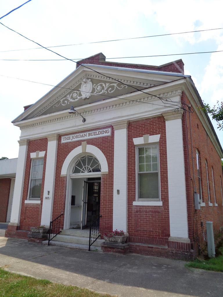 505 Main St. N Property Photo - Winton, NC real estate listing