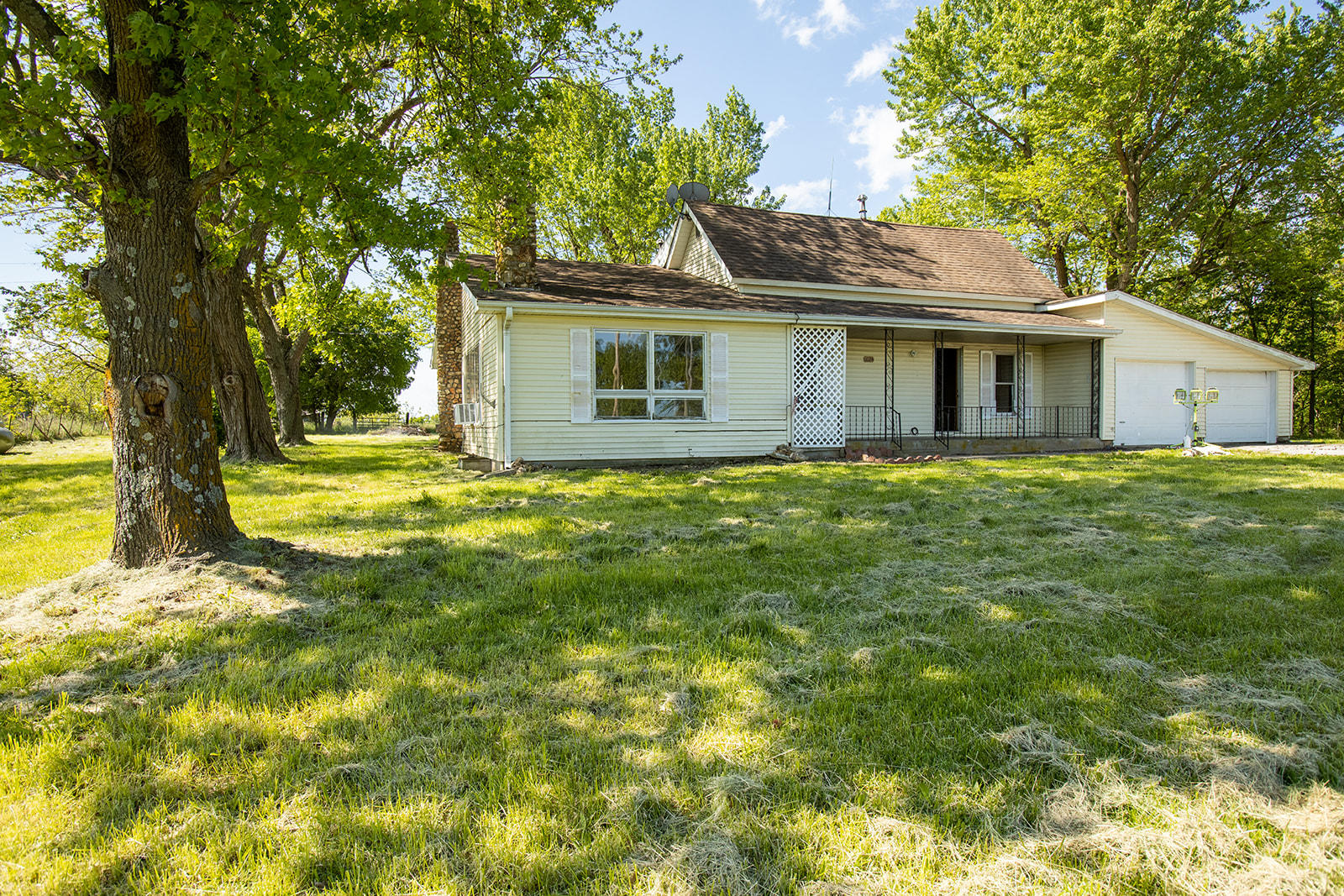 1024 E Minnehaha Road Property Photo - Nixa, MO real estate listing