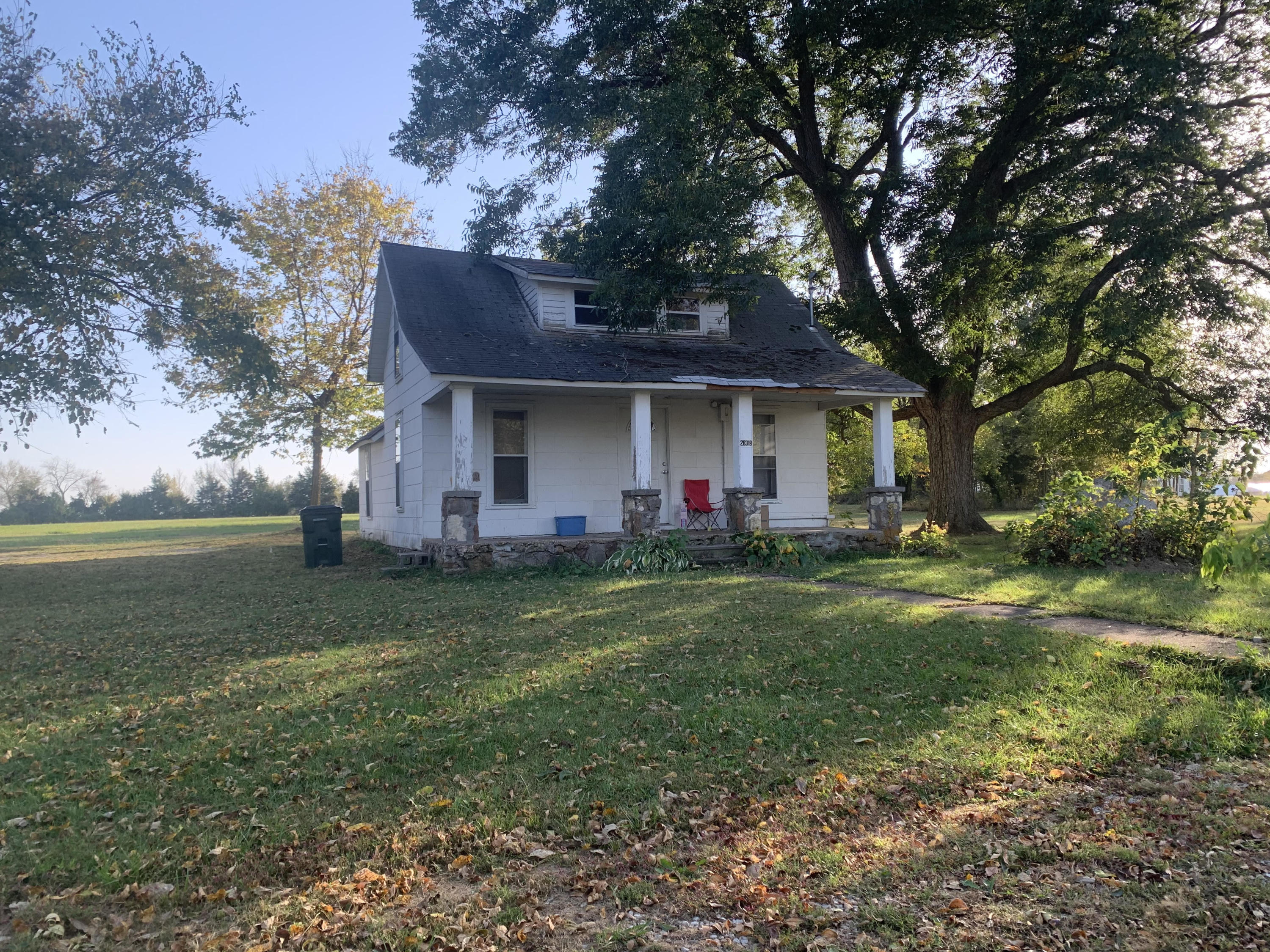 28318 Ellsworth Street Property Photo - Cross Timbers, MO real estate listing