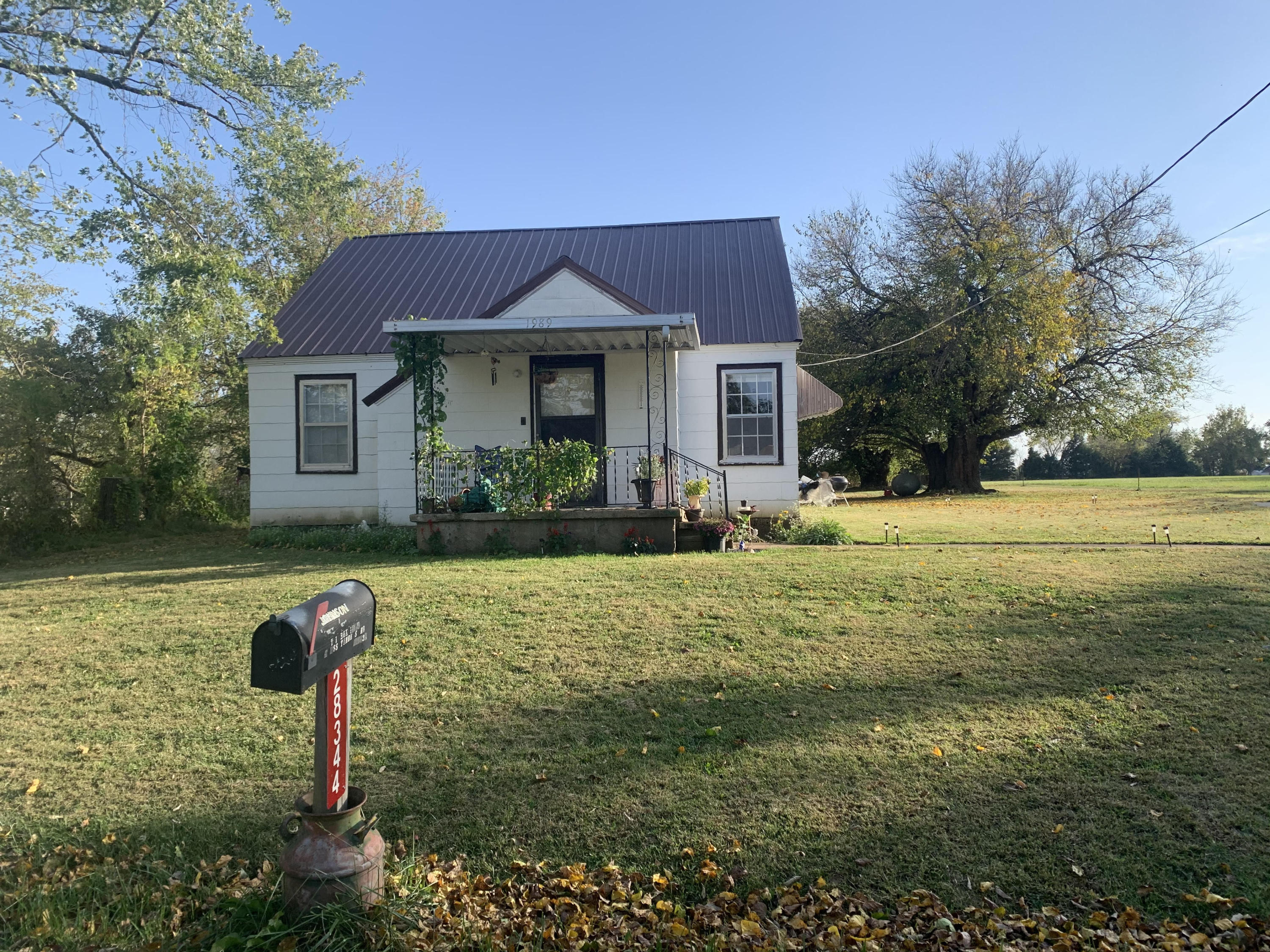 28344 Ellsworth Street Property Photo - Cross Timbers, MO real estate listing