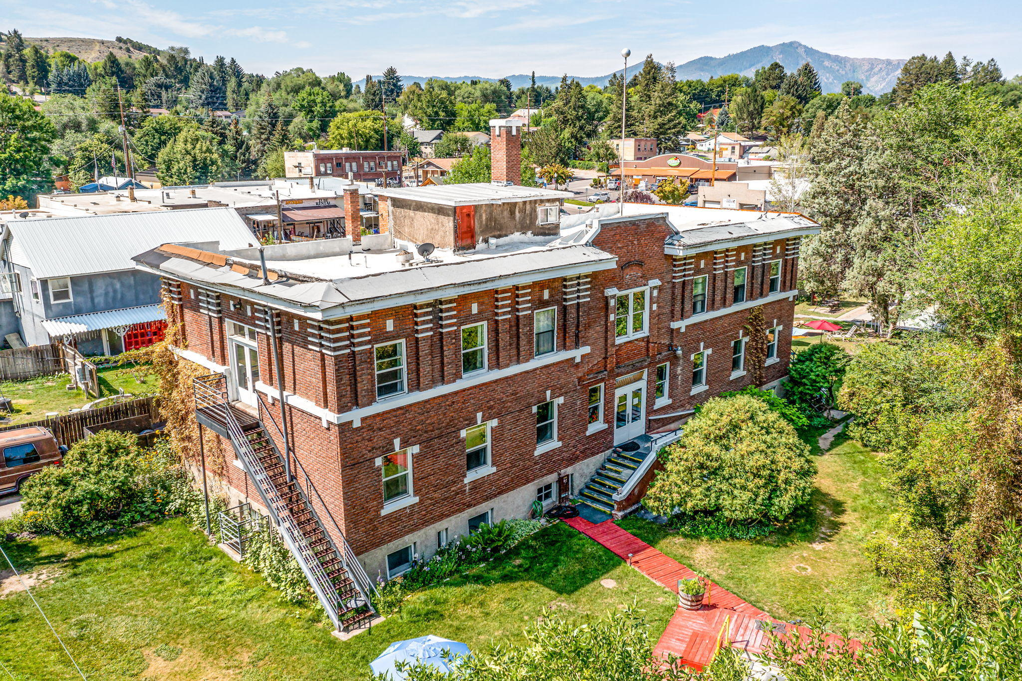 Other Real Estate Listings Main Image