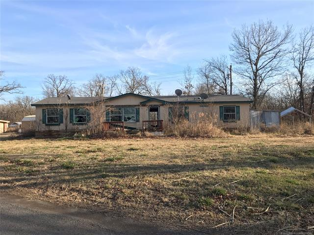 33684 E 650 Drive Property Photo - Chouteau, OK real estate listing