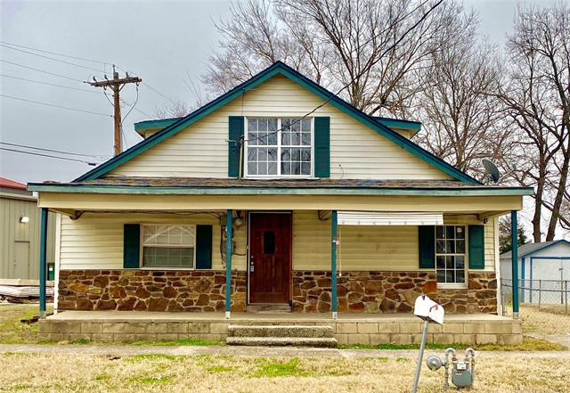 110 S Wortman Avenue Property Photo - Claremore, OK real estate listing