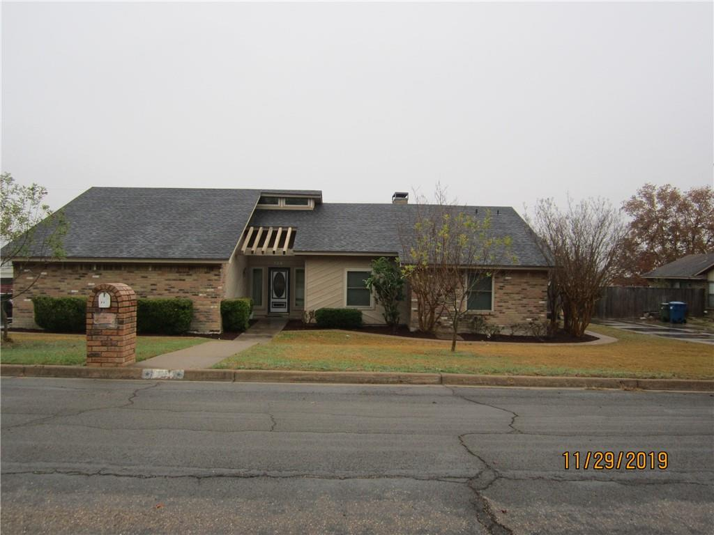 104 Boleman Drive Property Photo - Hewitt, TX real estate listing