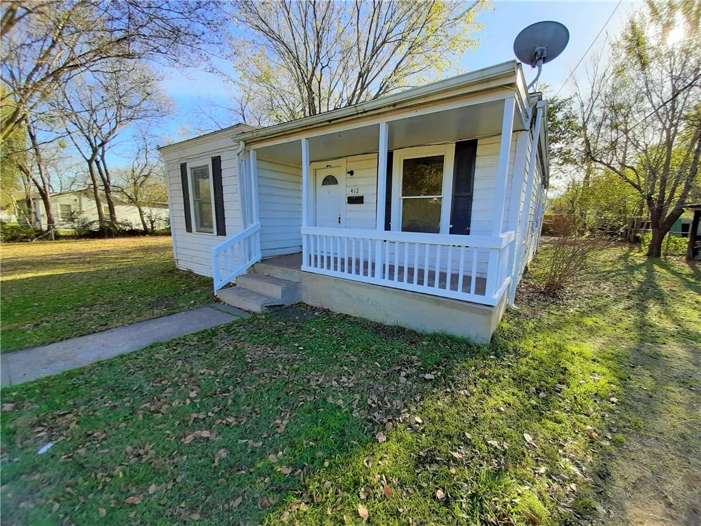 412 E State Street Property Photo - Groesbeck, TX real estate listing