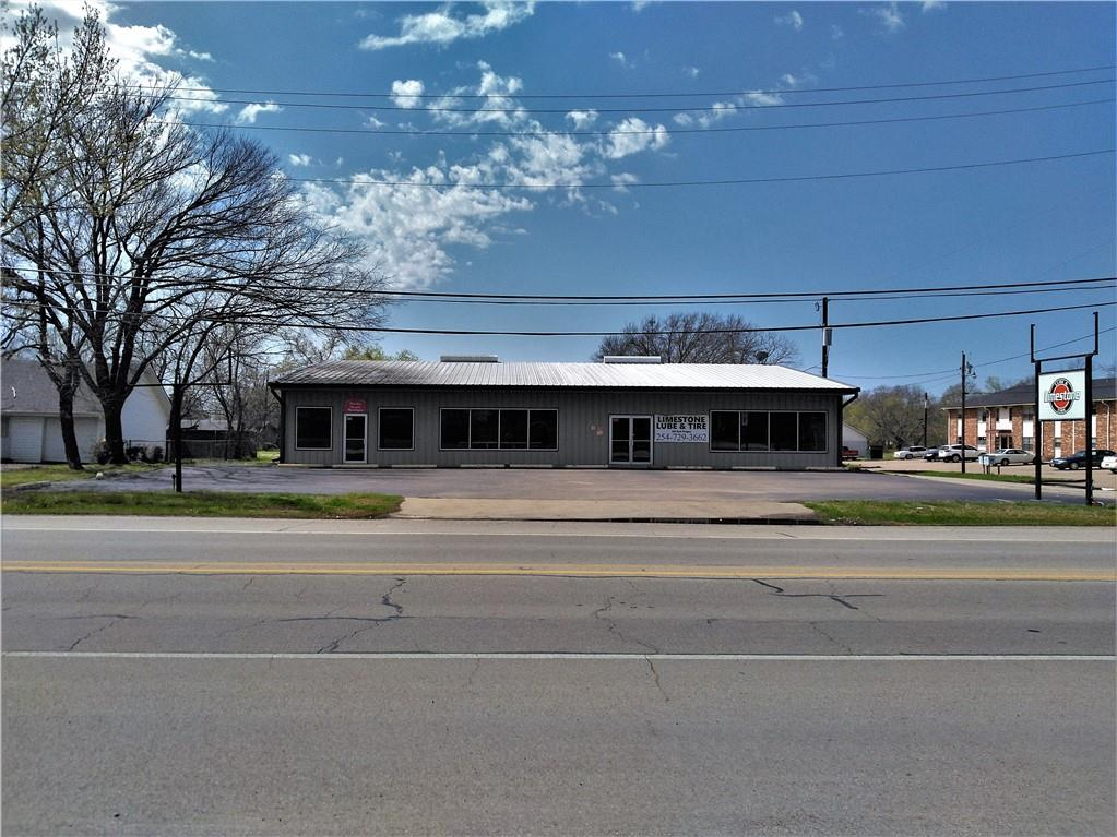 302 E Yeagua Street Property Photo - Groesbeck, TX real estate listing